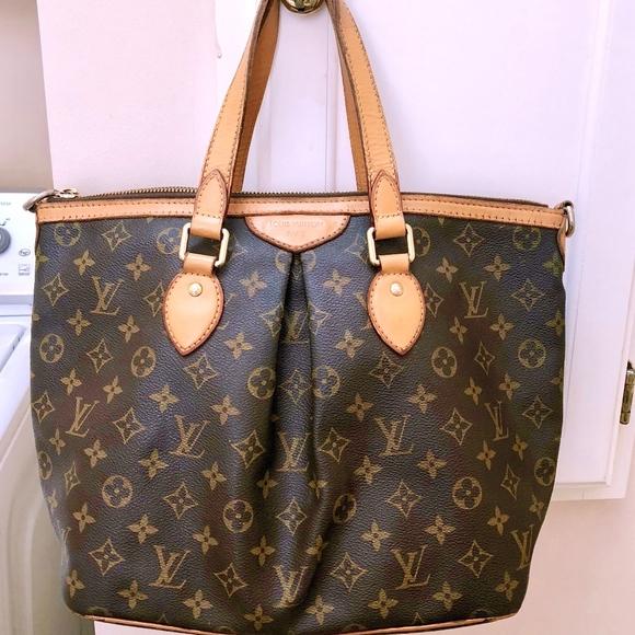 449b53e071ec Louis Vuitton Handbags - LOUIS VUITTON MONOGRAM WOMEN PALERMO PM